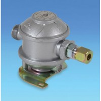 Caravan / Motorhome Regulator c/w 8mm Adaptor for Copper Pipe
